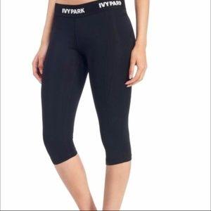 "ivy park | ""i"" low-rise legging 3/4 length"